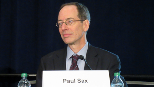 Paul Sax presenting at CROI 2015. Photo by Liz Highleyman, hivandhepatitis.com.